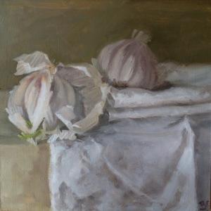 Garlic and linen