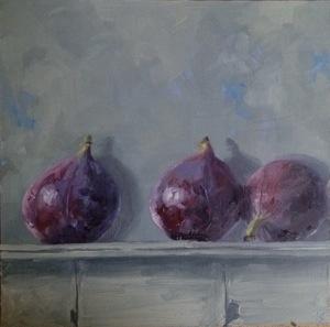 Wet figs on a shelf